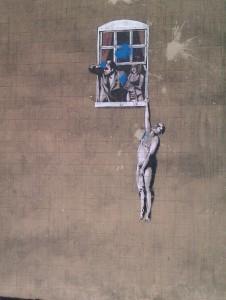 El hombre desnudo de Banksy, uno de sus muchos graffitis por toda la ciudad.